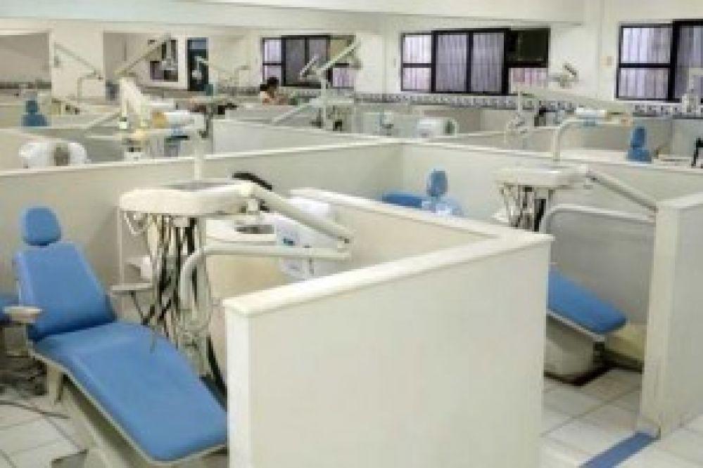 Unimes seleciona pacientes para tratamento de gengiva e correções estéticas