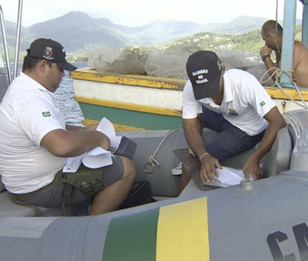Guarujá intensifica fiscalização a embarcações e som abusivo