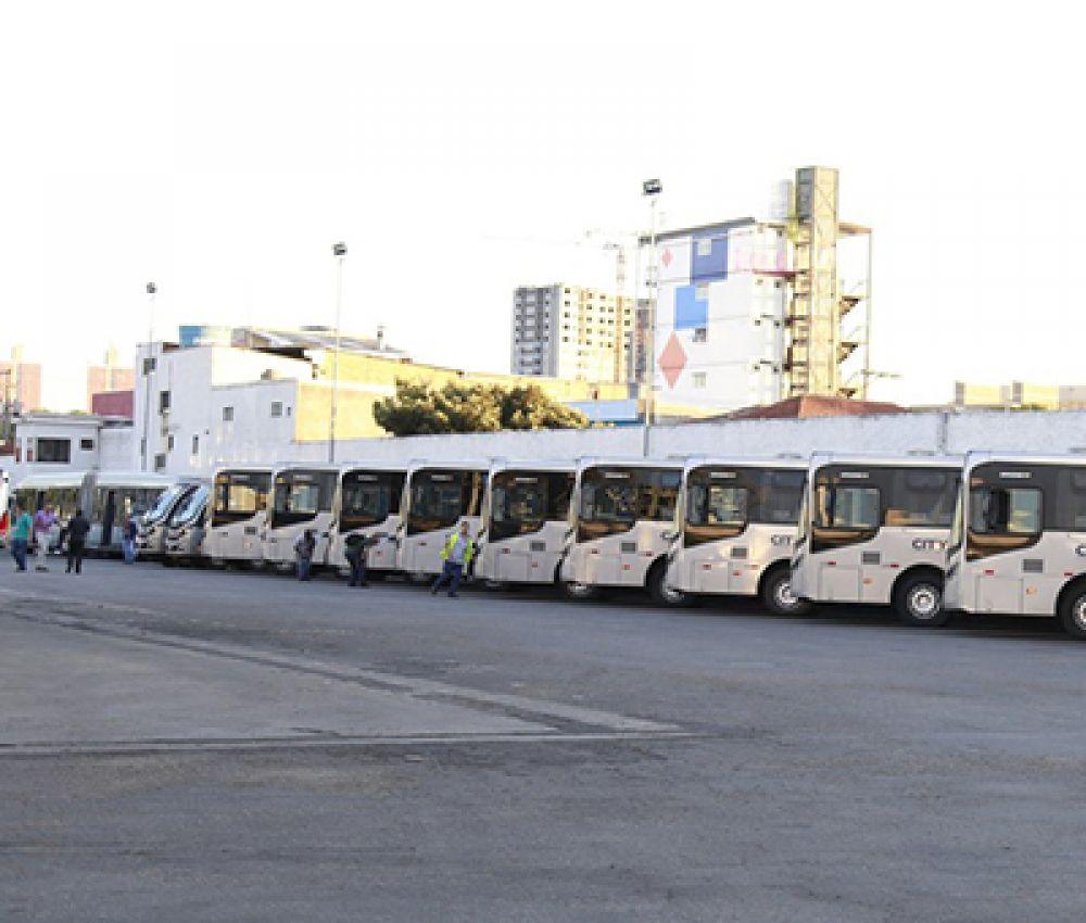 Passagem de ônibus municipais aumenta R$ 1,10 em Guarujá